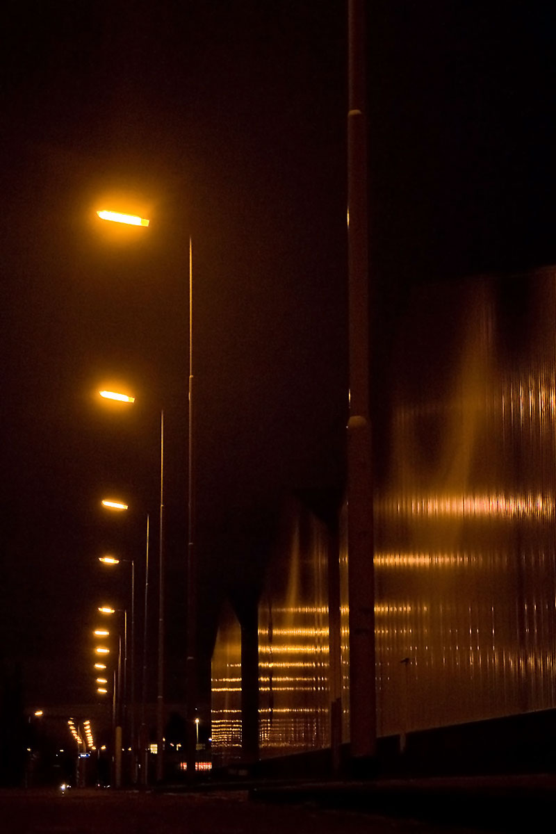 street-light-reflections